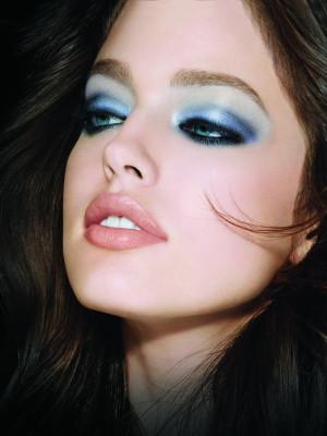 Alles drum und dran make up trends 2011 - Smokey eyes blau ...